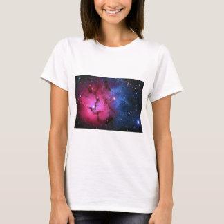 Trifid Emission Reflection Nebula M20 NGC 6514 T-Shirt