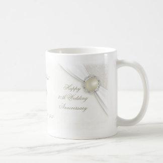 Trigésima taza del aniversario de boda del damasco