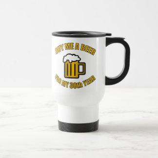trigésimo Cerveza divertida del cumpleaños Tazas