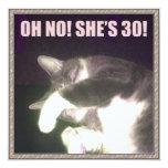 Trigésimo cumpleaños divertido (gato) comunicados