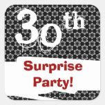 trigésimo Negro blanco rojo W1979 del cumpleaños d Calcomanía Cuadradas Personalizadas