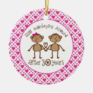 trigésimo Ornamento del amor del mono del aniversa Ornato