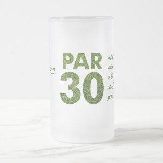 Trigésimo par 30 de la fiesta de cumpleaños de los taza cristal mate