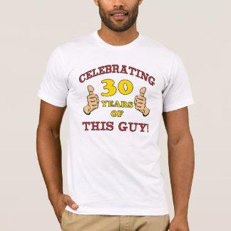trigésimo Regalo de cumpleaños para él Playera