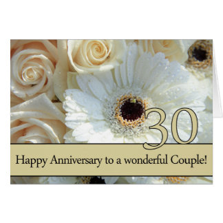 Trigésimos rosas felices del aniversario tarjeta de felicitación