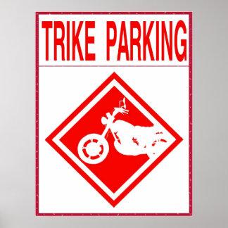 Trike que parquea solamente poster