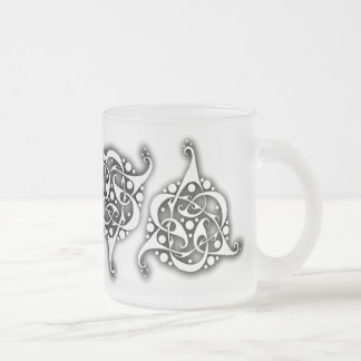 TriLink Celtic Knot 10 Oz Frosted Glass Coffee Mug