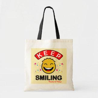 Trinidad and Tobago guardan smiley amarillo