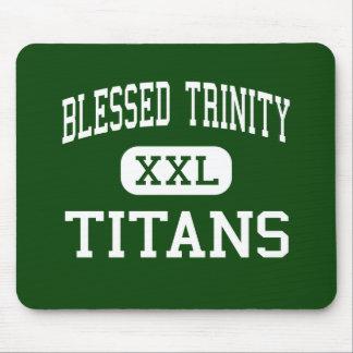 Trinidad bendecida - titanes - católico - Roswell Alfombrillas De Ratones