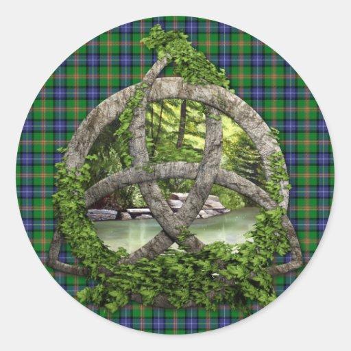 Trinidad del Celtic del tartán de Jones del clan Pegatina Redonda