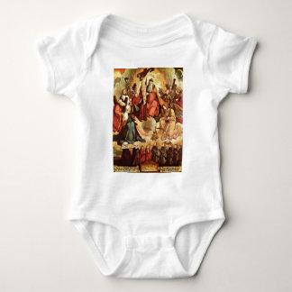 Trinidad santa con ángeles, los santos, y su camisetas