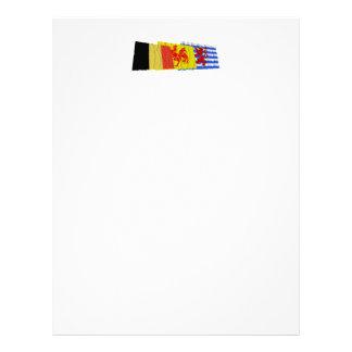 Trío de las banderas de Luxemburgo que agita (de Membretes Personalizados