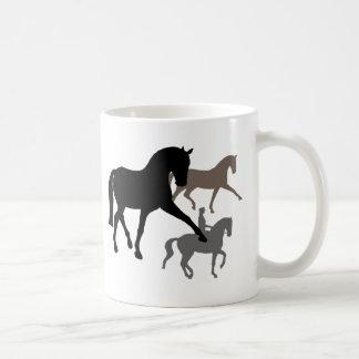 Trío de los caballos del Dressage Taza De Café