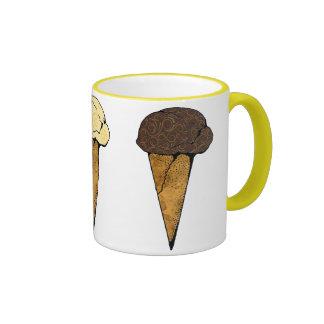 Trío de los conos de helado taza