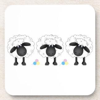 Trío de ovejas posavasos de bebidas
