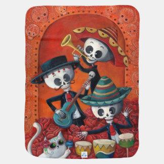 Trío del Mariachi de Dia de Los Muertos Skeleton Mantitas Para Bebé