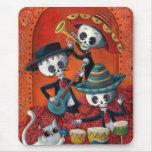 Trío del Mariachi de Dia de Los Muertos Skeleton Mouse Pads