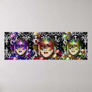 Trío veneciano de la máscara de la mascarada póster