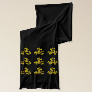Triple spiral repeating pattern scarf