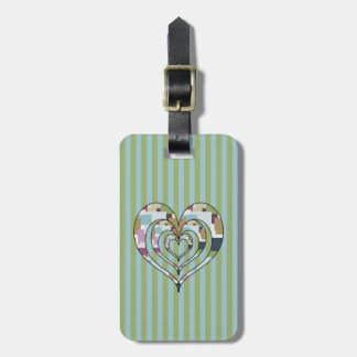 TRIPLE SQUARED HEART BAG TAG