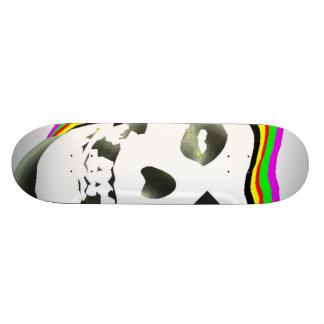 Trippy Skull. Skateboard Deck