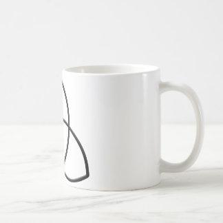 Triquetra-Protección Taza Básica Blanca