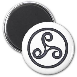 Triskel Magnet