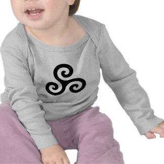 Triskele espiral negro camiseta