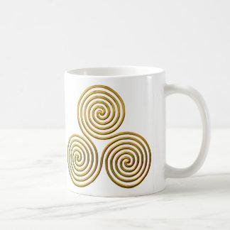 Triskele-gold Coffee Mug