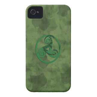 Triskell Green Ivy Case-Mate iPhone 4 Case