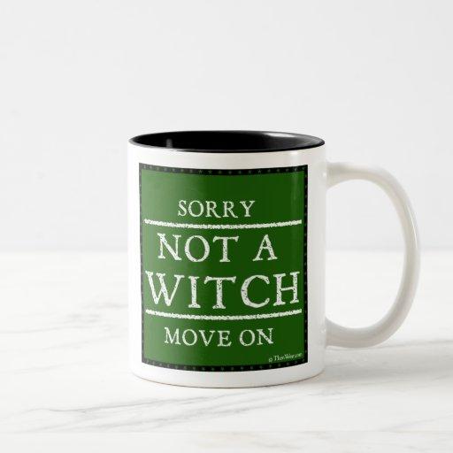 Triste, no bruja. Muévase en la taza