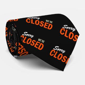 Triste somos cerrados corbatas