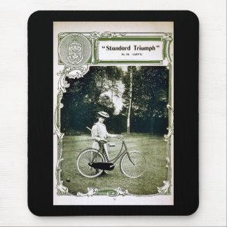 Triumph completa un ciclo no. 1907 Standard de Alfombrilla De Ratón