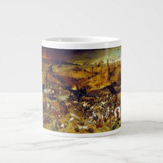 Triumph de la muerte de Pieter Bruegel la anciano Taza Jumbo