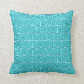 Triumph Solid Pillow