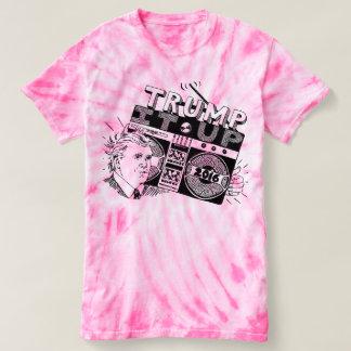 TRIUNFO de Boombox ÉL ENCIMA de la camiseta rosada