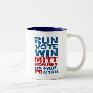 Triunfo del voto del funcionamiento de Romney Ryan Tazas De Café