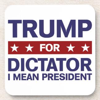 Triunfo para el dictador posavasos de bebida