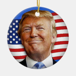 Triunfo sonriente adorno navideño redondo de cerámica