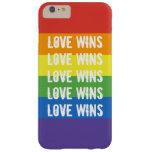 Triunfos del amor - bandera del arco iris de la funda de iPhone 6 plus barely there