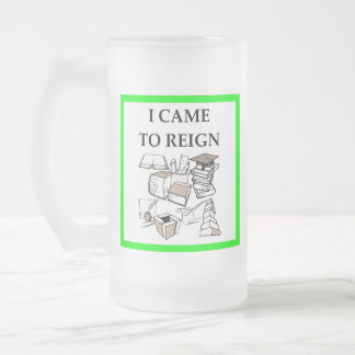 trivia frosted glass beer mug