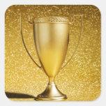 Trofeo de la taza del oro calcomanía cuadradas personalizadas