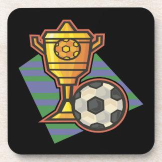 Trofeo del fútbol posavasos de bebida