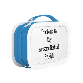 Trombón del marido impresionante del día por noche