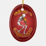 Trombone que juega el ornamento esquelético del adorno navideño ovalado de cerámica