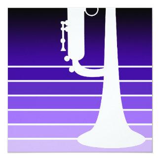 "trompeta: la púrpura se descolora invitación 5.25"" x 5.25"""