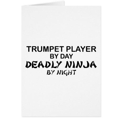 Trompeta Ninja mortal por noche Tarjetón
