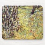 Troncos de árbol de Vincent van Gogh Tapetes De Ratón