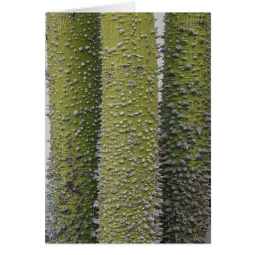 Troncos de árbol verdes de Thorned Felicitaciones