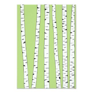 """Troncos del abedul en verde invitación 3.5"""" x 5"""""""